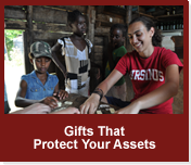 Rollover image of an Ursinus student in Jamaica. Link to Gifts That Protect Your Assets.